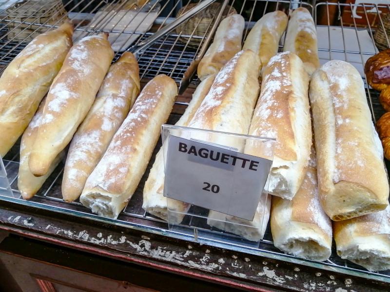 Baguette de pain à la boulangerie La Fabrique a Koh Samui