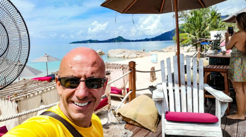 Bernie sur la terrasse de la Bohemia Beach Club a Lamai (Koh Samui)