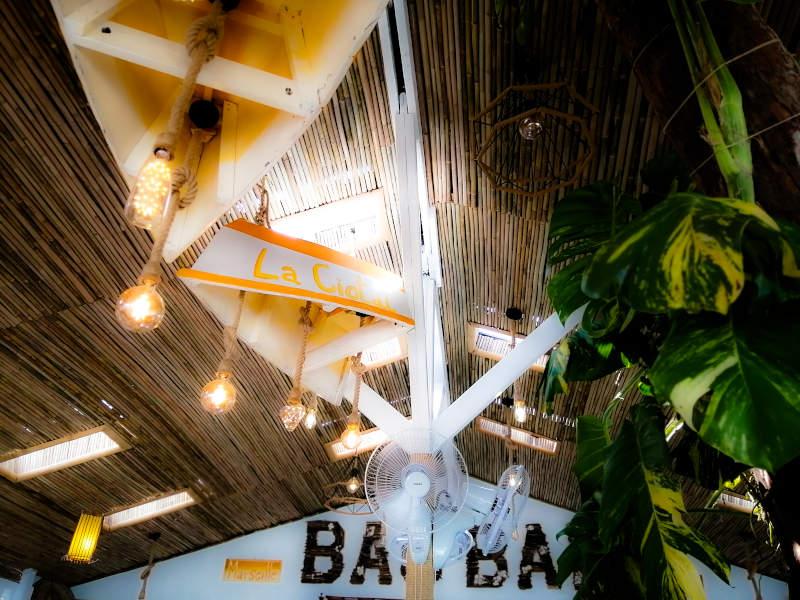 Decoration et relooking du Baobab Restaurant sur Lamai Beach, chez Greg et Indy.