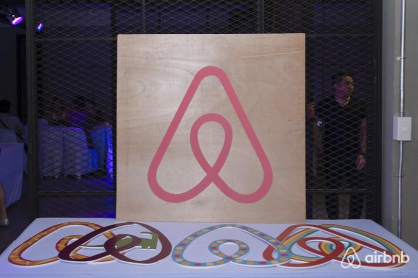 airbnb symbole
