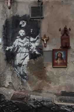 Via dei Tribunali, Napoli, Italia.