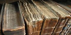 كتب مصنوعة من جلد الإنسان