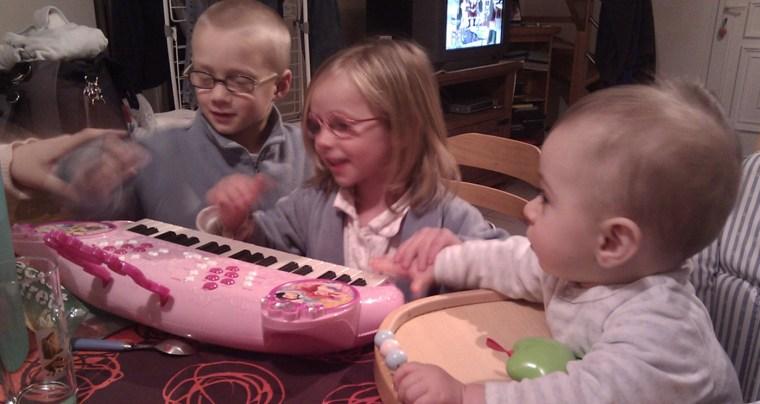 enfants-piano