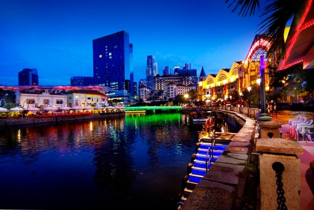 Clarke Quay Singapore 3171104214 300x201 Why u should booked Maxi Cab from maxicabtaxiinsingapore.com for your holiday in singapore 2019?