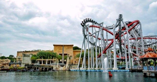 universal studios singapore bsg fb 300x157 Universal Studios in Singapore