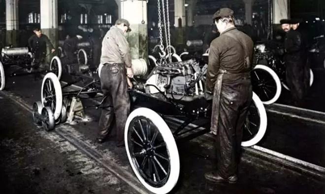 dez.01.1913, a linha de montagem começa a rodar