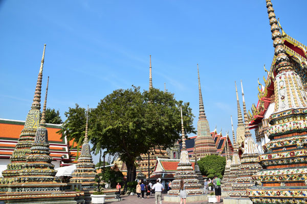 Area of Wat Po.