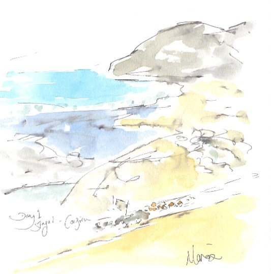Peloton passes the beach