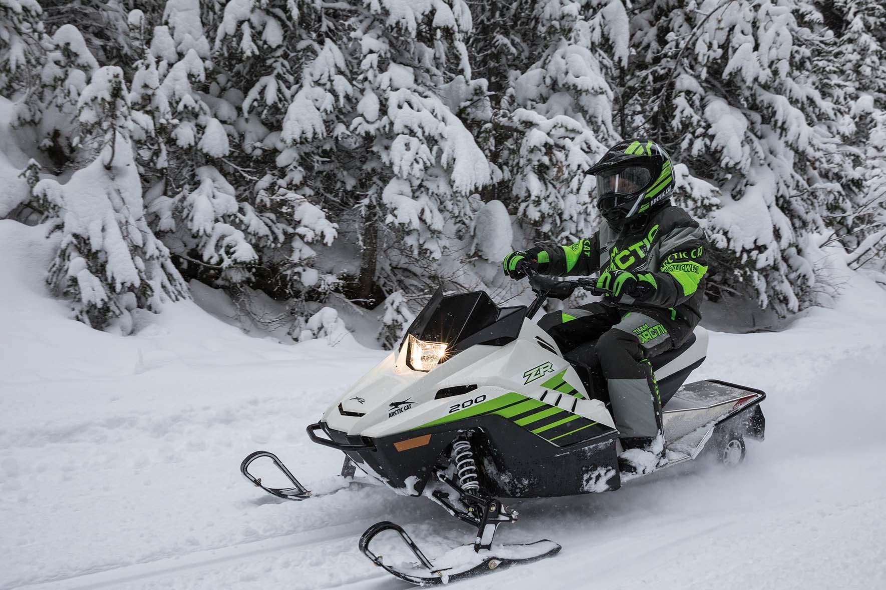 Arctic Cat 800 Snowmobile