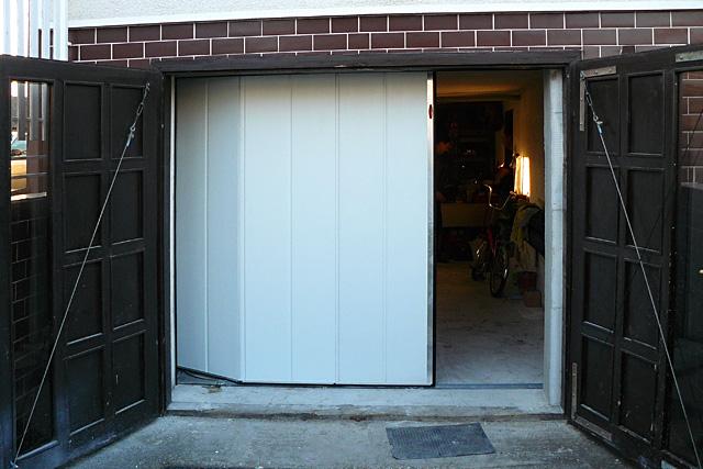 sektionaltor horizontal breite sicke 01 maxtor garagentore. Black Bedroom Furniture Sets. Home Design Ideas