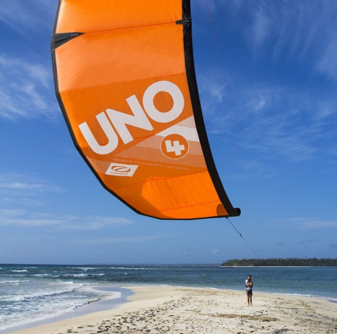 New Ozone Ignition and Uno Trainer Kites
