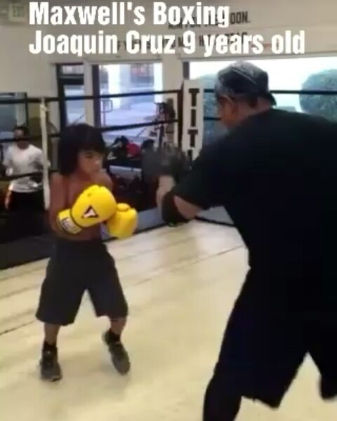 I've never met such a dedicated kid at such a young age.  It helps that he has a loving and supporting father that spends the time to support him. It starts there... A father, a guardian or a supporting structure that provides a foundation to grow and progress -  it's everything to a kid!  The future is bright!!!!!! #boxing #sandiegoboxing #gyms #sdgyms #fitness #youthsports #inspiration #dedication #fight #filipinos #sandiego #miramar #miramesa #pq #scrippsranch #poway #rb #delmar #lajolla #maxwellsboxing #gratitude