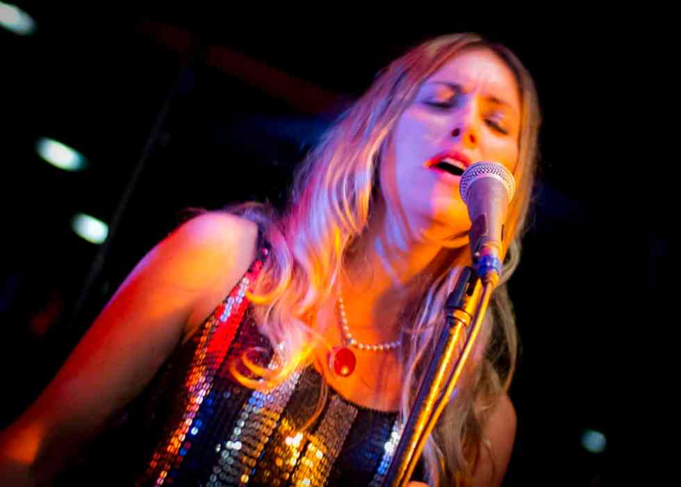 Rachael Woodlands - Sydney Band - The Maxys Party Band