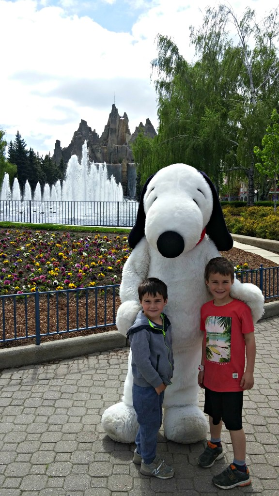 Wonderland Kyle & Ryan w Snoopy