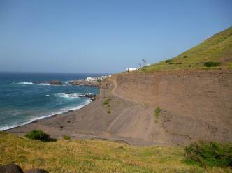 CaboVerde2013-E-56-Remontee sur Cruzinha depuis plage