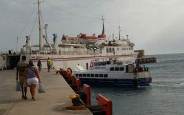 CaboVerde2013-N-11 Porto-Novo Gare Maritime Ferry Mar D Canal