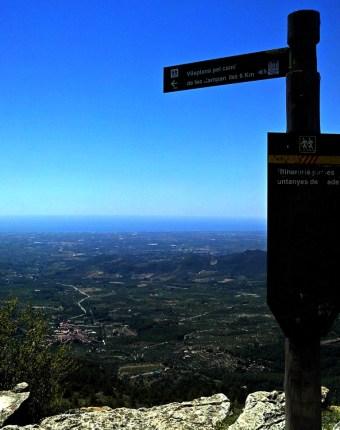 2014-07-12 Ruta dels Refugis (11) Mussara promontoire panneau