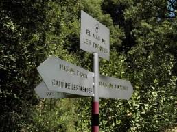 2014-07-12 Ruta dels Refugis (19) marques patch vert panneau fin