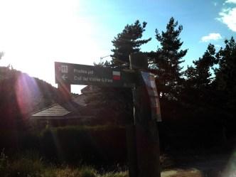 2014-07-12 Ruta dels Refugis (73) Sortie Prades début Ruta Panneau