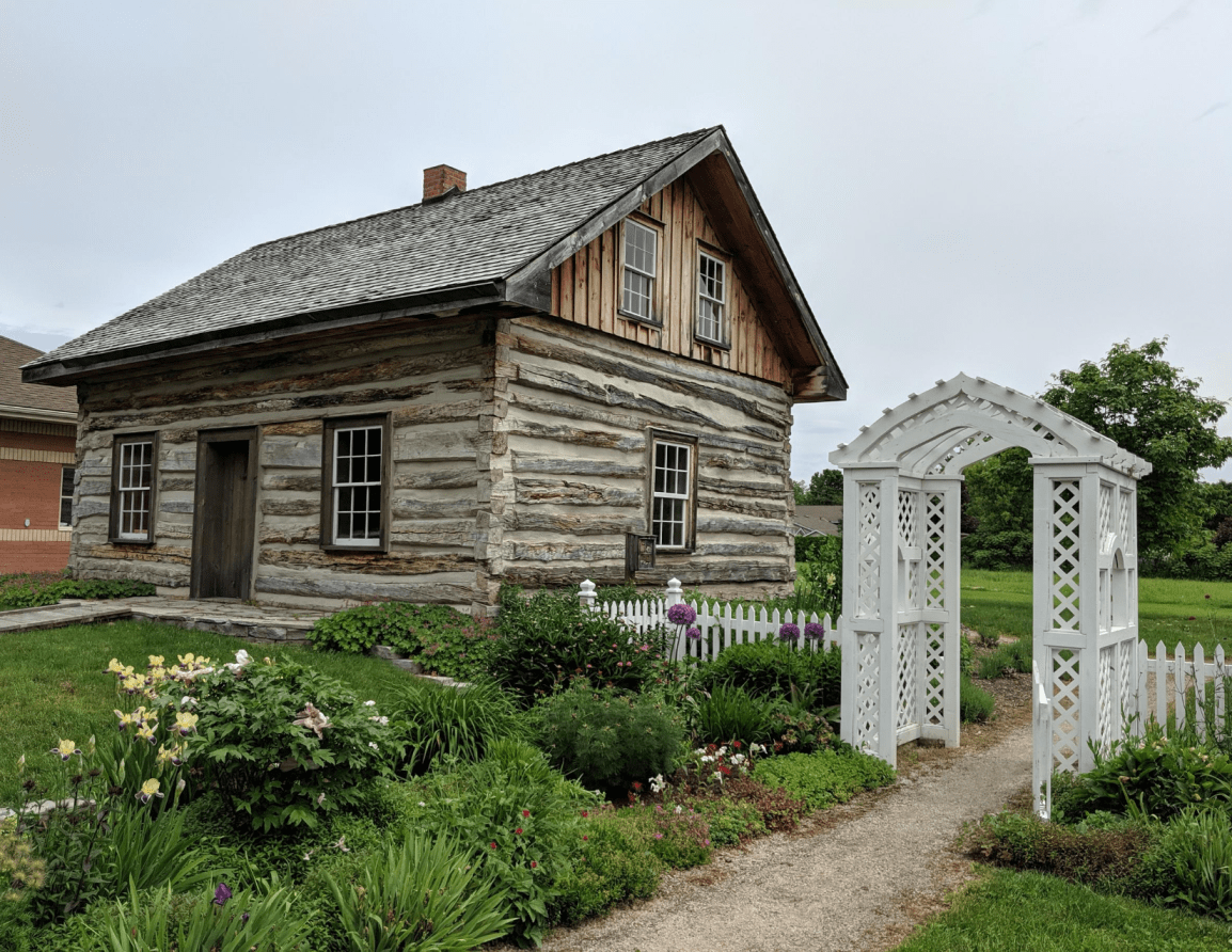 Historic Creemore Log Cabin