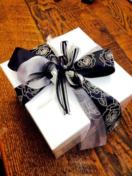 rose gift wrap