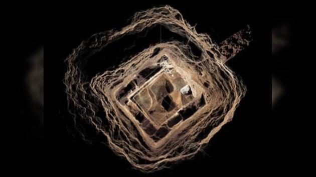Túnel que pasa por debajo de pirámide de Quetzalcoatl. Foto: El porvenir