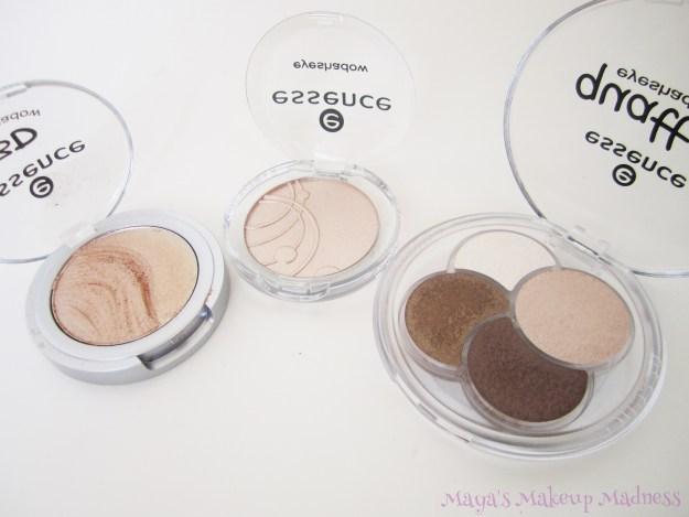 3D Eyeshadow (08 Irresistible Vanilla Latte), Mono Eyeshadow (77 Sandy Says Hello), Quattro Eyeshadow (05 To Die For) [LtR]