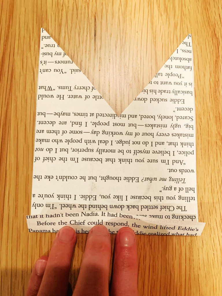 DIY Book Page Banner