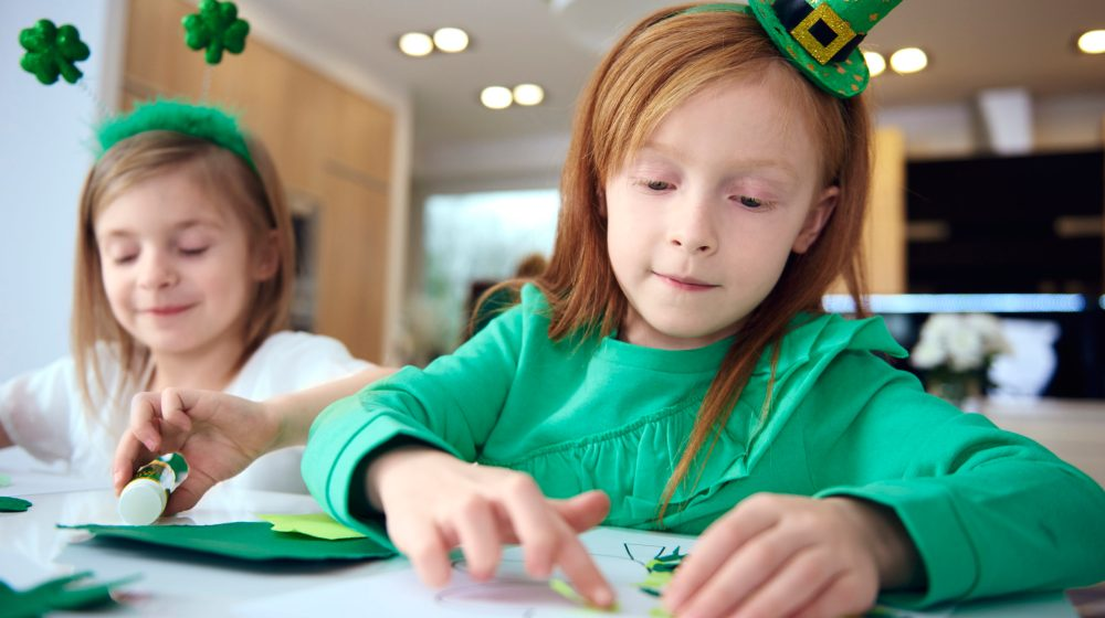 This Fun St. Patrick's Day Activity Teaches Kids to Read