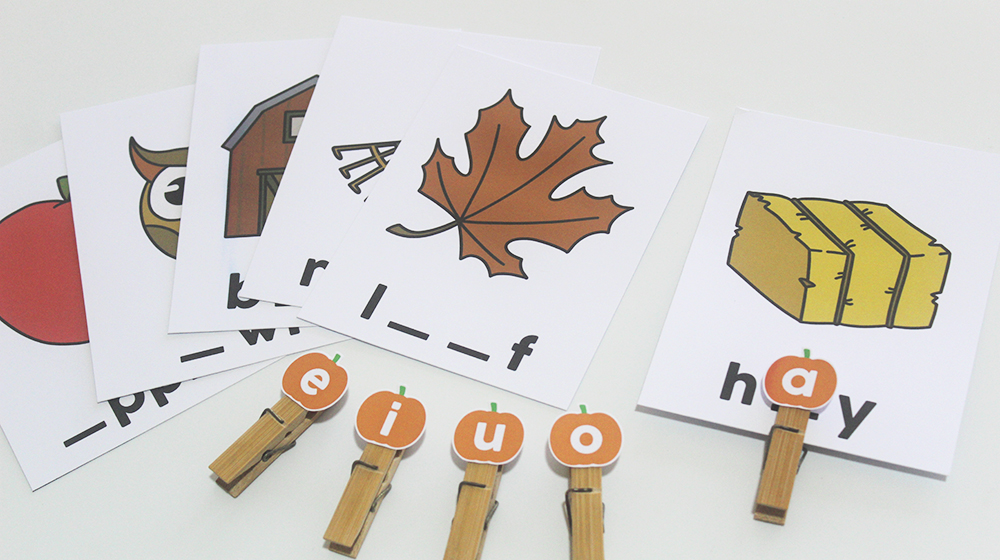 How This Sweet Fall Activity Teaches Kids Vowels — with Free Printable