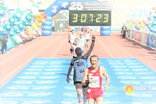 Maratón Sevilla 2.017: Ultima hora. Radio en vivo desde Sevilla y Previo carrera con record 14.000 dorsales