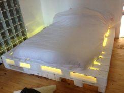pallet-letto-luminoso