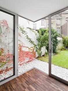 finestra-scorrevole-su-giardino