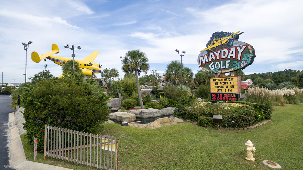 north myrtle beach miniature golf course