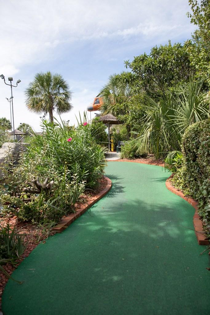 myrtle beach miniature golf course