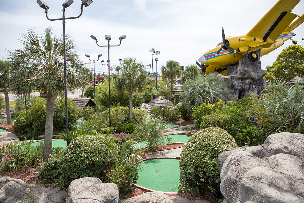 myrtle beach miniature golf tournaments