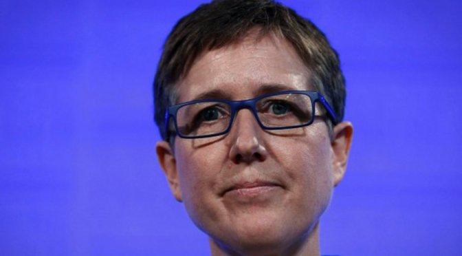 Sally McManus calls for an increase in the minimum wage