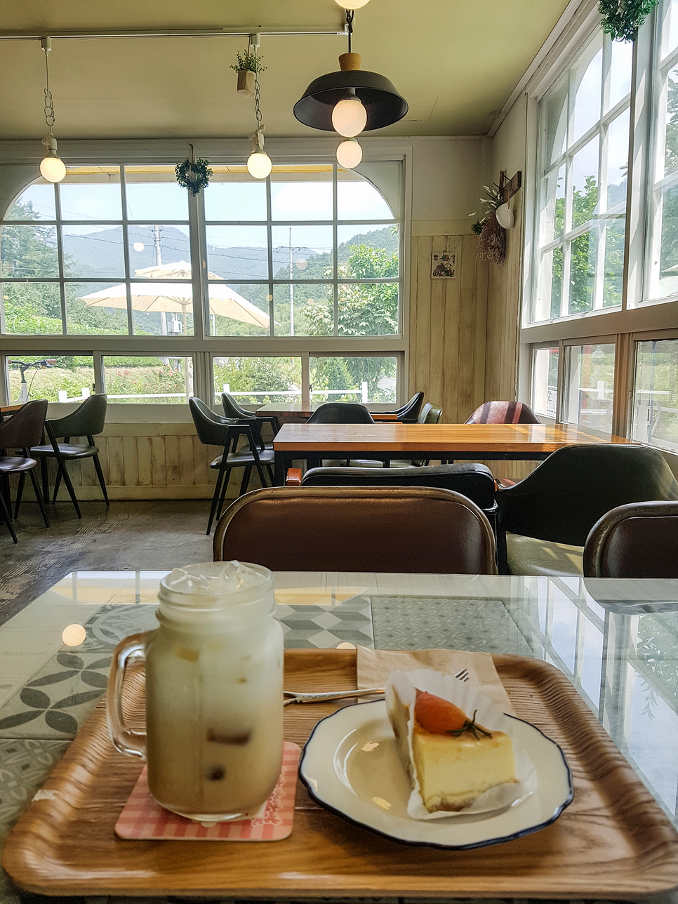 A cafe near Bongjeongsa
