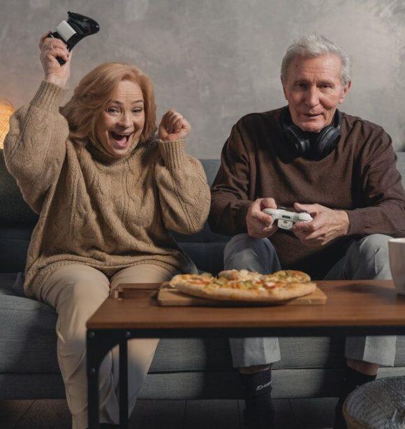 actividades para mayores en casa - videojuegos