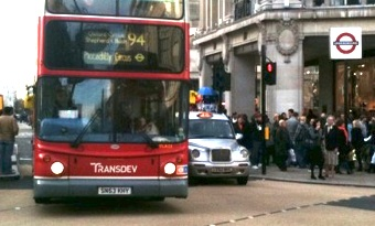 The London Assembly has called for a reduction in the number of buses serving the West End