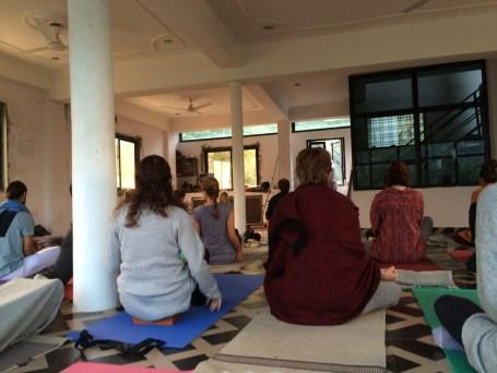DropIn Yoga Class . Surinder Singh . swastiyogashala . Lakshman Jhula
