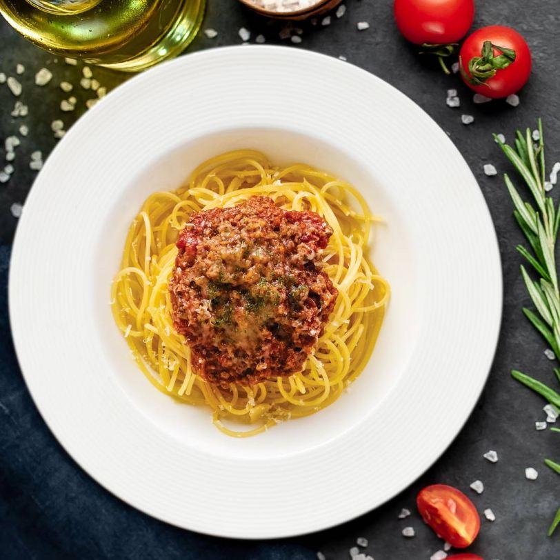Mama Lou spaghetti bolognese