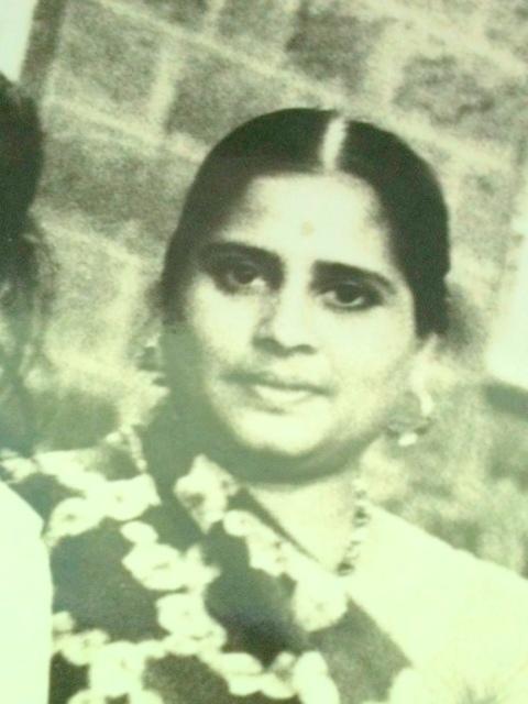 643.Mum's Matar Kachori (Gujarati Peas Kachori)