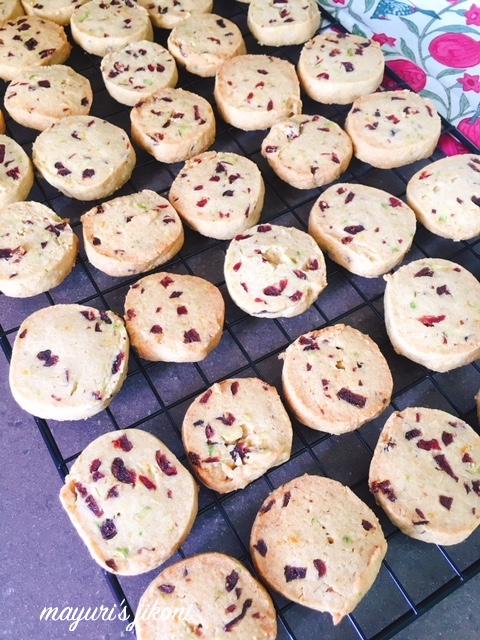 pistachio cranberry cookies 4