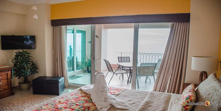Mazatlan-2 bedrooms in Paraiso-I-Condo-For-Sale-4
