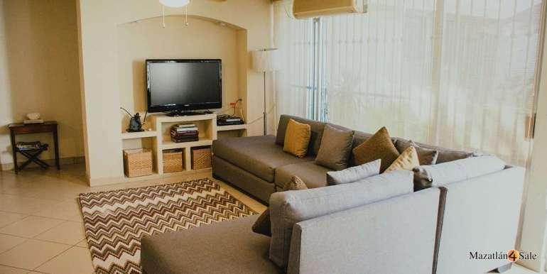 Mazatlan 3 bedrooms in Golden Zone Home For Sale (15)
