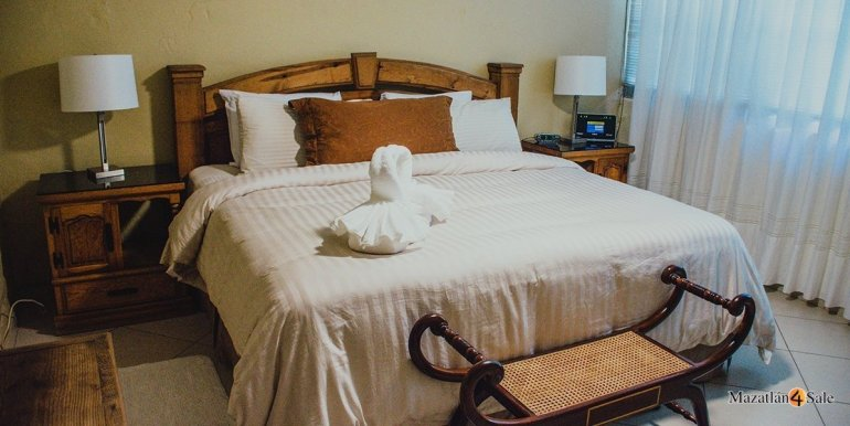 Mazatlan 3 bedrooms in Golden Zone Home For Sale (35)