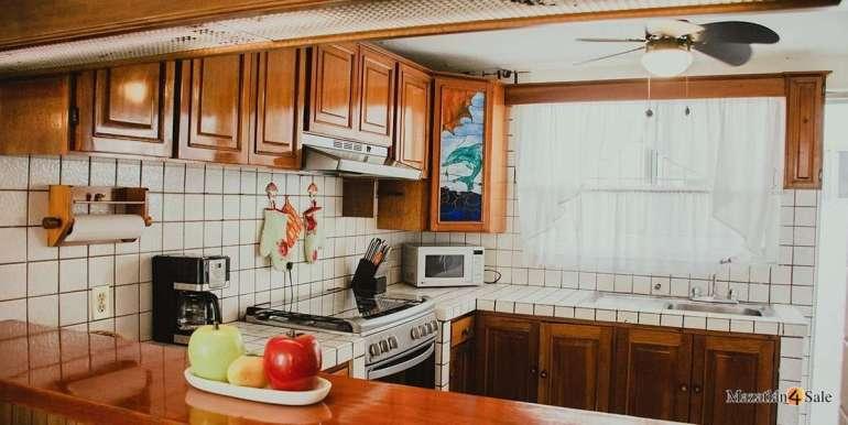 Mazatlan 3 bedrooms in Golden Zone Home For Sale (5)