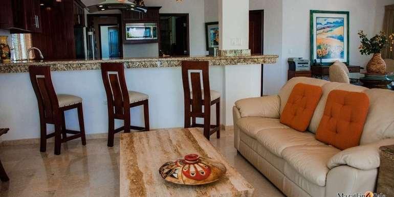 Mazatlan Beachfront Home For Sale (18)