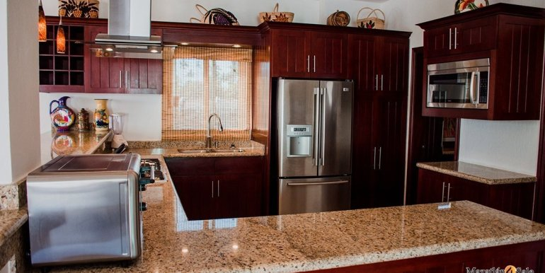Mazatlan  2 bedrooms in Beachfront Home For Sale (30)